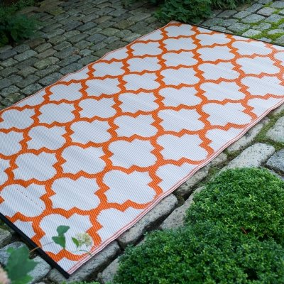 Tangier - Carrot & White outdoor rug